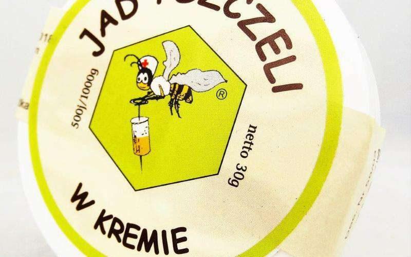jad pszczeli w kremie